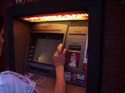 Украинские банки переходят на самообслуживание клиентов