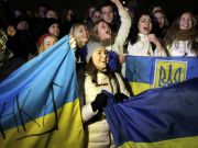 """Європейські політики вражені розмахом """"Евромайдану"""" в Україні"""