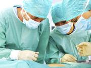 В Украине хирурги провели уникальную операцию (видео)