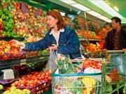 Продукты весной: На что вырастут цены, а что подешевеет (инфографика)