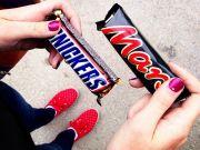 """Производитель заявил о срочном изъятии из продажи шоколадок """"Марс"""" и """"Сникерс"""""""
