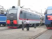 """""""Укрзалізниця"""" закупить нові пасажирські вагони і модернізує приміські поїзди в 2016"""