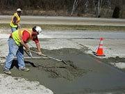 Пивоварский сообщил, сколько будет потрачено на ремонт дорог в этом году