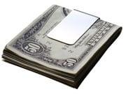Курс наличного доллара незначительно вырос
