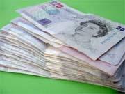 Британия прощается с бумажными деньгами