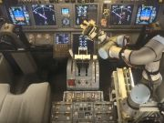 Робот успешно посадил пассажирский самолет - испытание (видео)
