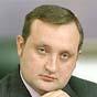 Арбузов: завдяки спецмитам Україна отримає податки, робочі місця і хороші автомобілі