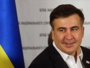 Саакашвили собирается наказать тех, кто повысил ему зарплату