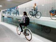В Нидерландах открыли крупнейшую в мире велопарковку