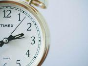 """Американська компанія створила найлегший """"розумний"""" годинник (фото)"""