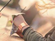 Створено перші годинники з поліетилену (відео)