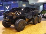 У Дубаї представили шестиколісний позашляховик (фото)