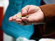 Шокуючі цифри: дві третини сплачених у 2013 р. податків пішли в Україні на пенсії
