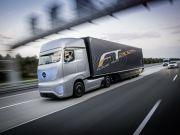 Беспилотные грузовики Mercedes будут управляться с помощью планшета