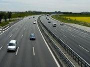 В Укравтодорі хваляться новою технологією ремонту доріг