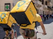 Сколько зарабатывают курьеры Glovo и Uber Eats