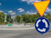 """""""Укравтодор"""" запропонував замінити 500 нерегульованих перехресть кільцевими розв'язками"""