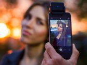 Украинский стартап выпустил второе поколение вспышки для смартфонов iblazr