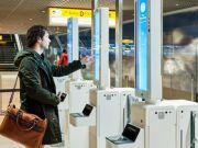 В аеропорту Амстердама посадку в літак почали проводити за допомогою засобу розпізнавача облич