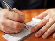 Нацбанк хочет выпустить чековые книжки на год вперед