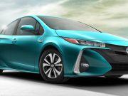 Toyota планує запустити масове виробництво електромобілів