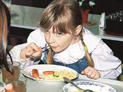 В Україні посилять вимоги до якості харчування в навчальних закладах