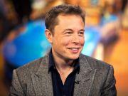Ілон Маск: Daimler замало інвестує в електромобілі