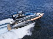 Lexus представила першу серійну яхту