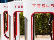 Tesla планирует построить в Украине сеть быстрых зарядок