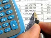 ДТЭК перечислил на счета потребителей электроэнергии 39 млн гривен, ошибочно оплаченных в январе