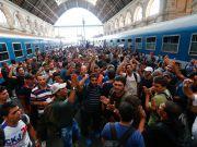 Депортація чи інтеграція мігрантів: що обирає Берлін?