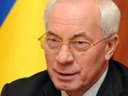Азаров: податки в Україні будуть тільки зменшуватися