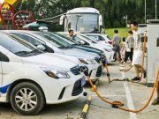 Китай откажется от двигателей внутреннего сгорания