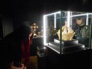 Из музея в Лионе похищена корона стоимостью 1 млн евро (фото)