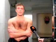 """Активісти Майдану напали і """"взяли в полон"""" Царьова, міліція знайшла в його машині зброю (ВІДЕО)"""