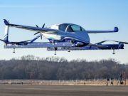 Компания Boeing провела первые испытания летающего такси