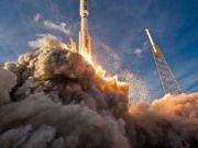 "SpaceX показала взлет и посадку ""с борта"" ракеты Falcon 9 (видео)"