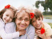 В Турции бабушкам заплатят за воспитание внуков