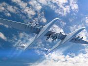 Самый большой в мире самолет впервые выкатили на взлетную полосу (фото, видео)