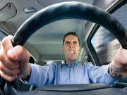 Опитування: лише 33% водіїв знають базові правила поведінки на дорозі