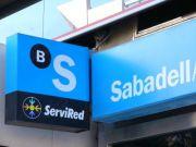 Испанский Banco Sabadell закроет 250 филиалов в 2017 году - источник