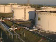 Petroplus после заморозки кредитов остановил работу трех заводов