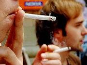 В Латвії куріння в присутності дітей прирівняють до насильства