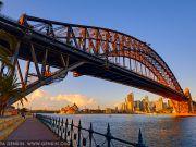 В Австралии увеличили штраф за незаконный подъем на Сиднейский мост