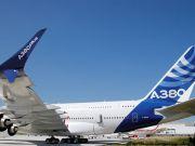 Airbus показав оновлену версію найбільшого пасажирського авіалайнера A380 (відео)