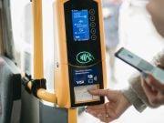 Впервые в Украине реализована возможность бесконтактной оплаты проезда в маршрутках