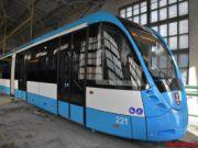 У Вінниці змонтували 31-метровий трамвай