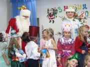 Ющенко подписал закон, освобождающий от налогов средства на проведение новогодне-рождественских праздников для детей