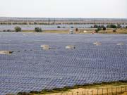 В Китае запустили первую коммерческую солнечную электростанцию