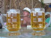 Українцям не вистачає на пиво. Обсяги його виробництва падають